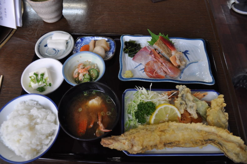 Lunch plate at Hinase