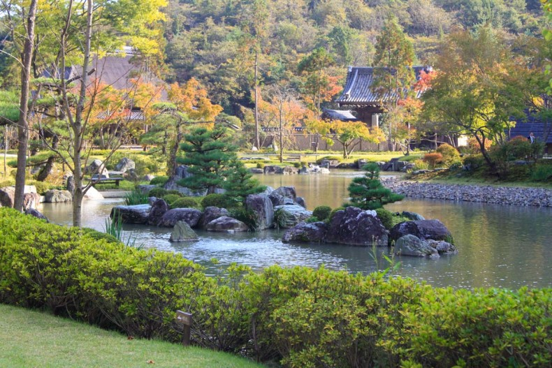 Sightseeing In Fukuyama City A Fusion Of Zen Art Shinshoji