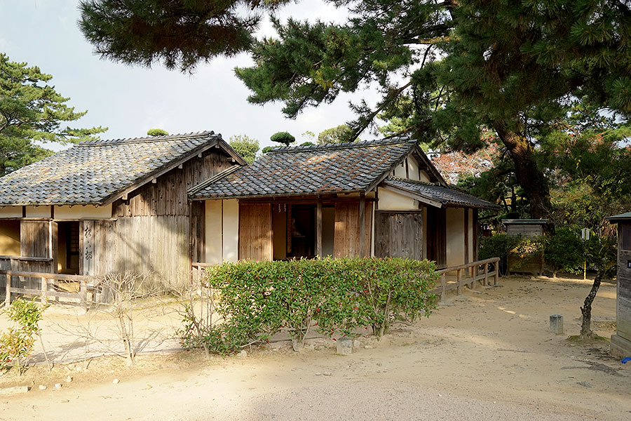 Although the building of Shokasonjuku Academy is modest, its impact has been enormous.