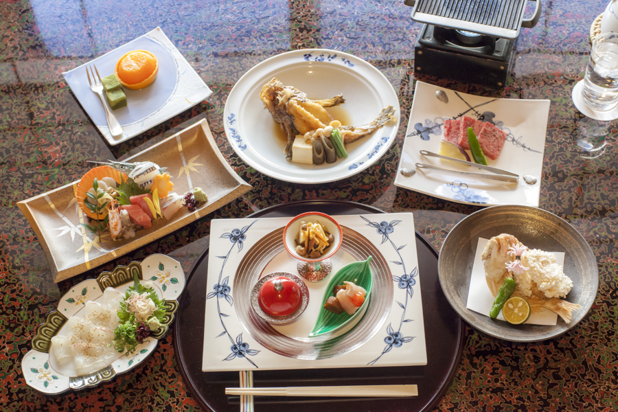 The kaiseki course menu uses all the freshest ingredients from the Seto Inland Sea region.