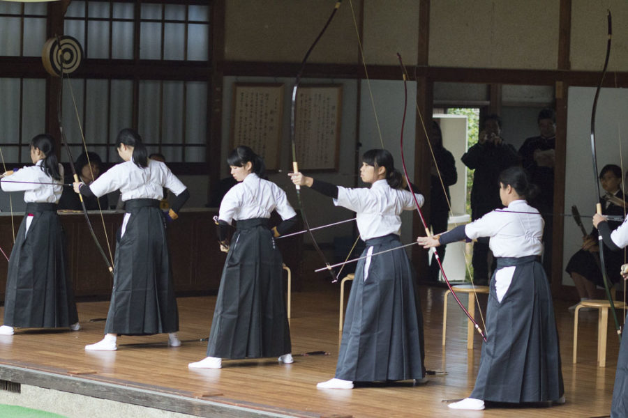 In honor of the resident god's epic marksmanship, Kibitsu Jinja Shrine regularly holds archery competitions.
