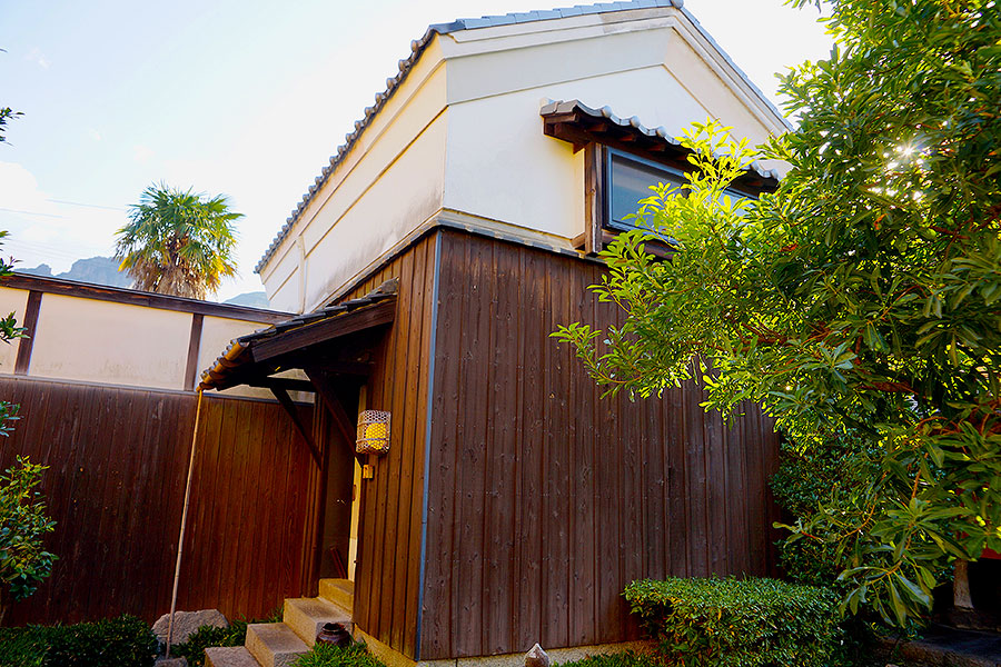 The restored and converted storage building Room Hishi makes a fine luxury guest room.
