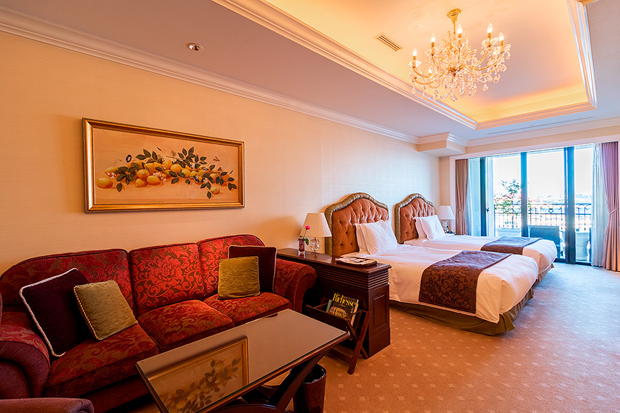 Each room at La Suite provides an unbelievably sumptuous experience.
