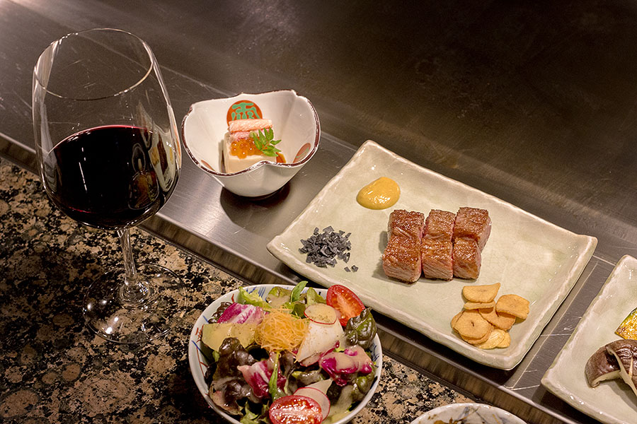 A sirloin steak set with wine — the perfect combination.